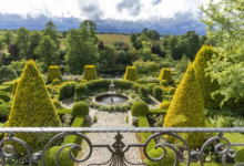 Photo of Волшебный сад. Усадьба Ореховно под Псковом выполнена в европейском стиле.